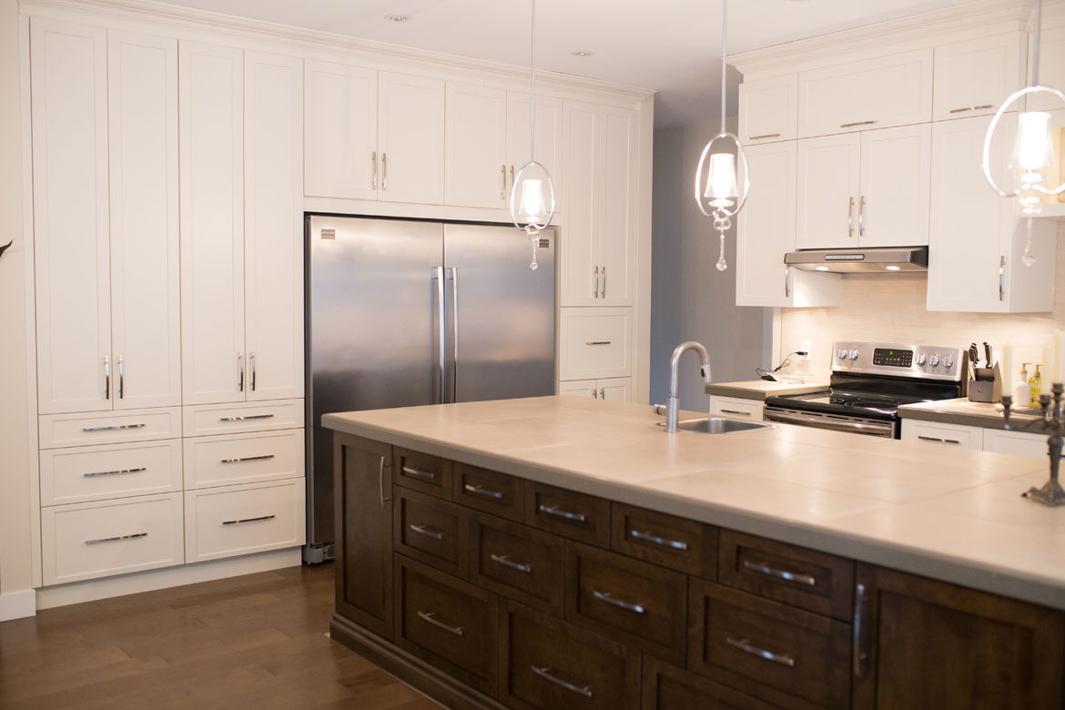 Kitchen cabinet - Contemporary style